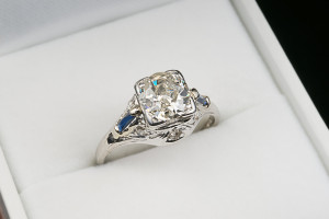 sell-diamonds-nyc-antique-ring